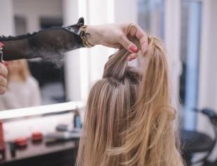 Почему укладочный спрей для объема волос не работает?