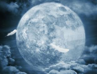 Это не спецэффекты: видео с огромной Луной стало хитом в Сети