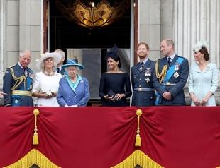 Монаршая семья Великобритании посетила парад ВВС к 100-летию Королевских воздушных сил (ФОТО)