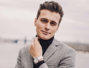 """Ведущий программы """"Зірковий шлях"""" делится опытом: 5 советов от Александра Скичко, как построить карьеру на ТВ"""