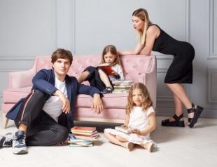 Сегодня Анатолию Анатоличу исполняется 34: как телеведущего поздравили дочки (ВИДЕО)