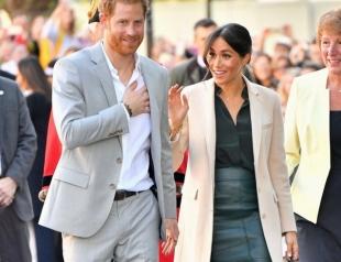 Меган Маркл и принц Гарри прибыли в Сассекс с официальным визитом (ФОТО+ВИДЕО)