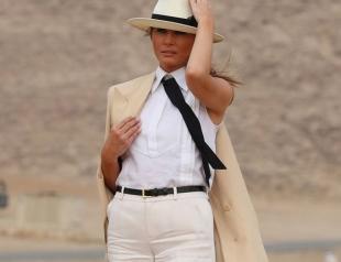 Королева пустыни: Мелания Трамп отправилась в Египет