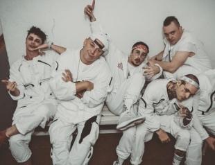 """Потап стал женщиной-блондинкой в новом клипе MOZGI: премьера """"Полюбэ"""""""