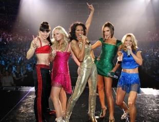 Виктория Бекхэм будет с группой Spice Girls. Но не на сцене...