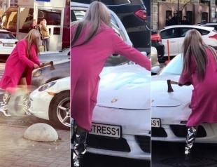 Кто разгромил топором Porsche в центре Киева: появилась официальная информация (ВИДЕО)