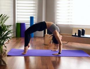 Не надо так: пять ошибок, которые вы постоянно допускаете, практикуя йогу