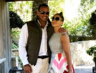 Как мило: Дженнифер Лопес и Алекс Родригес окунулись в детство на очередном свидании (ФОТО)