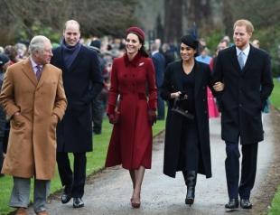 Принц Гарри, Меган Маркл, принц Уильям и Кейт Миддлтон подвели итоги года (ВИДЕО)