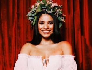 Michelle Andrade презентует новую песню: премьера Corazón (Lyric Video)