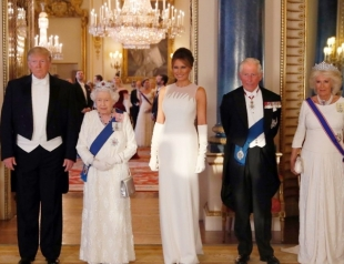 Дональд и Мелания Трамп с официальным визитом в Великобритании: встреча с монархами и гала-ужин в Букингемском дворце