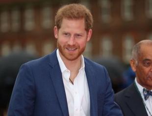 Принц Гарри на встрече с премьер-министром Непала засветил редкое фото с женой