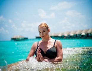 Анастасия Волочкова ответила на самые популярные вопросы поклонников: личная жизнь, откровенные фото и путешествия