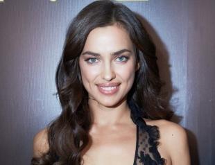 В роскошном черном платье: Ирина Шейк стала звездой показа Oscar de la Renta в Нью-Йорке