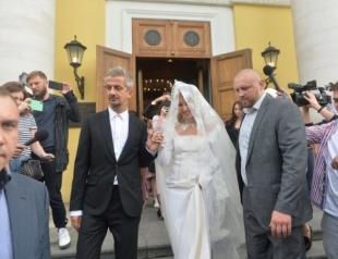 На карете к Никитским воротам: Ксения Собчак и Константин Богомолов обвенчались