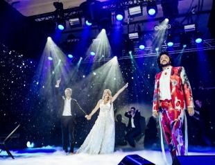 Стильный шоу-бизнес: кто и в каких нарядах пришел на свадьбу Ксении Собчак и Константина Богомолова