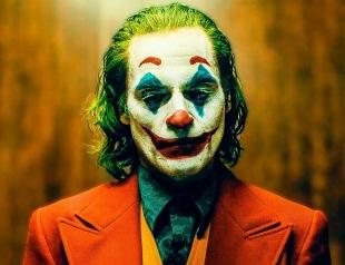 """""""Джокер"""". Комик-неудачник слетает с катушек и претендует на """"Оскар"""""""