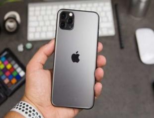 Топ-5 знаменитостей, которые уже успели приобрести новый iPhone 11