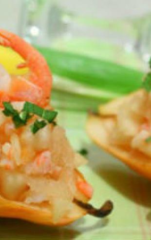 Салат к 8 Марта - с ананасом и морским коктейлем