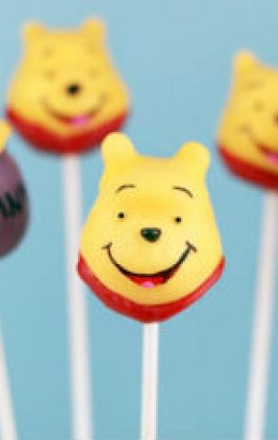 Лакомство для детей: готовим конфеты на палочке