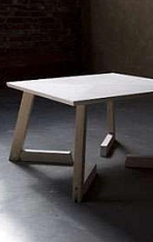 Кухонному столу придумали коленки