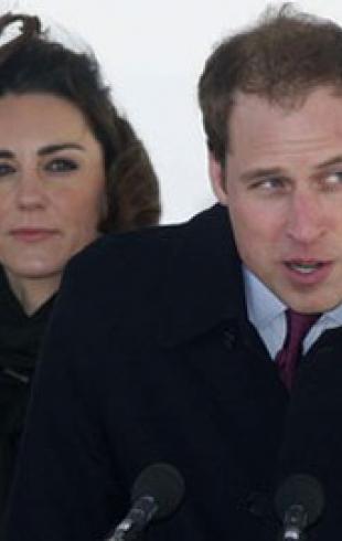 Принц Уильям с Кейт впервые на публике после помолвки. ФОТО!