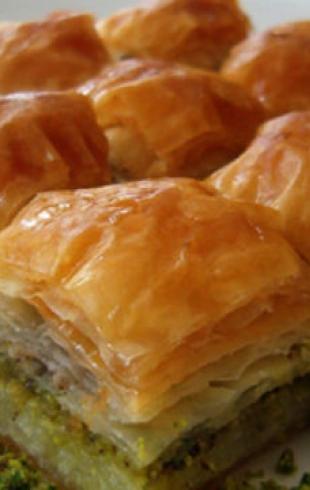 Постный десерт: пахлава c яблоками
