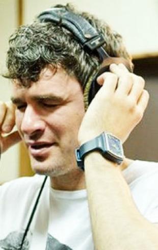 Арсен Мирзоян написал песню об Украине