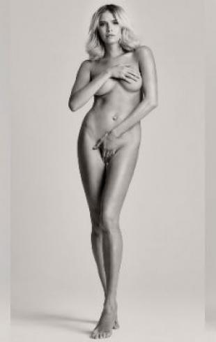 Как модель Елена Перминова убрала растяжки после третьих родов