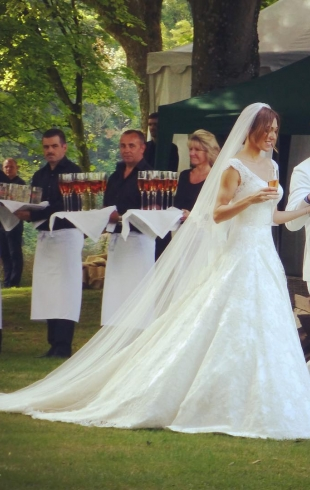 Самая голливудская свадьба года: бывший муж Мадонны женился третий раз