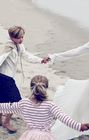 Как Джоли и Питт воспитывают своих детей: порядки хиппи-коммуны и посещение психолога