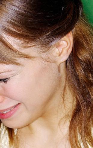 Почему плакать полезно: объясняет экстрасенс