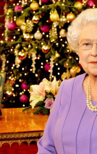 Рождественская история длиною в 59 лет: Елизавета II поблагодарила мужчину, отправлявшего ей открытки