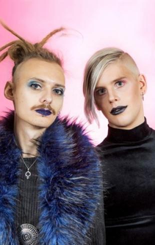 Эпатаж на Евровидении 2017: на конкурс от Швеции подали заявку мужчины на каблуках и в платьях