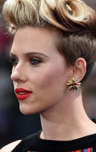 """32-летняя Скарлетт Йоханссон не против пластики: """"Я не хочу выглядеть старой"""""""