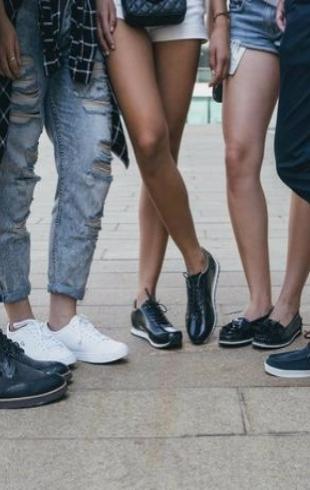 Модная летняя обувь: что и с чем носить в повседневной жизни