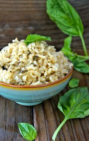 Какой рис полезнее – коричневый или белый?