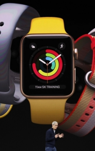Привет Украине от Apple: реклама новых Apple Watch снималась на киевском вокзале (ВИДЕО)