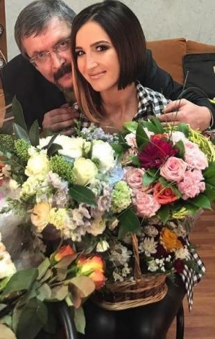 Отец Ольги Бузовой поделился впечатлениями от игры дочери в спектакле (ВИДЕО)