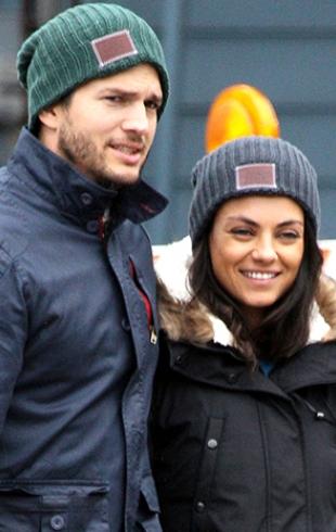 91dc29d675b5 Мила Кунис и Эштон Кутчер впервые вышли в свет после слухов о третьей  беременности актрисы (