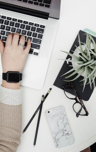 Office-time: косметика, которая должна быть под рукой