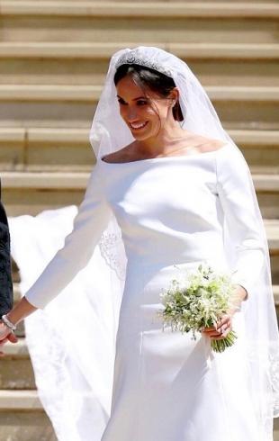 Меган Маркл пришла в восторг, увидев свое свадебное платье в фильме о королеве (ВИДЕО)