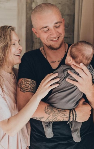 """""""К себе в кровать не беру"""": Алена Шоптенко рассказала о воспитании четырехмесячного сына"""