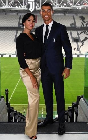 СМИ: Криштиану Роналду сделал предложение Джорджине Родригес