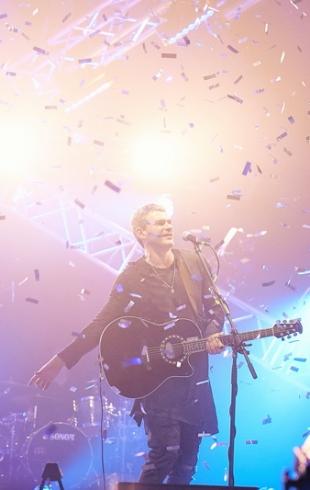 Киев встретил Арсена Мирзояна аншлагом: подробности и фото свежего концерта музыканта
