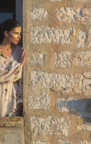 По следам Жюля Верна: модель Алла Шереметьева в коллекции Couture de Fleu