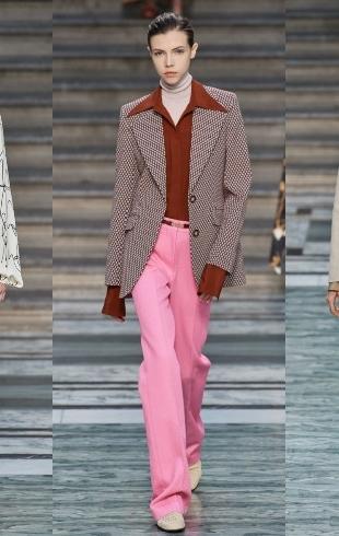Неделя моды в Лондоне: женственность и стержень в новой коллекции Виктории Бекхэм (ФОТО+ВИДЕО)