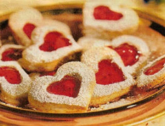 Сердечки с начинкой из фруктового желе