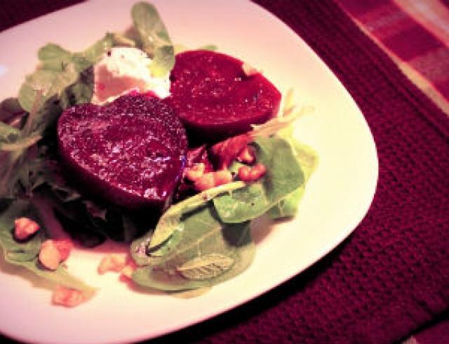 Салат для Валентина. Рецепт свекольных сердечек
