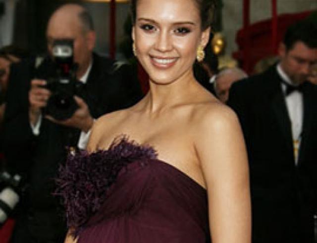 Лето-2011: стиль беременных знаменитостей